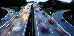 Jak przejechać przez Czechy,  Chorwację, Bułgarię, Grecję? Opłaty za autostrady, ceny paliwa i obostrzenia w wybranych krajach UE [WAKACJE 2021]