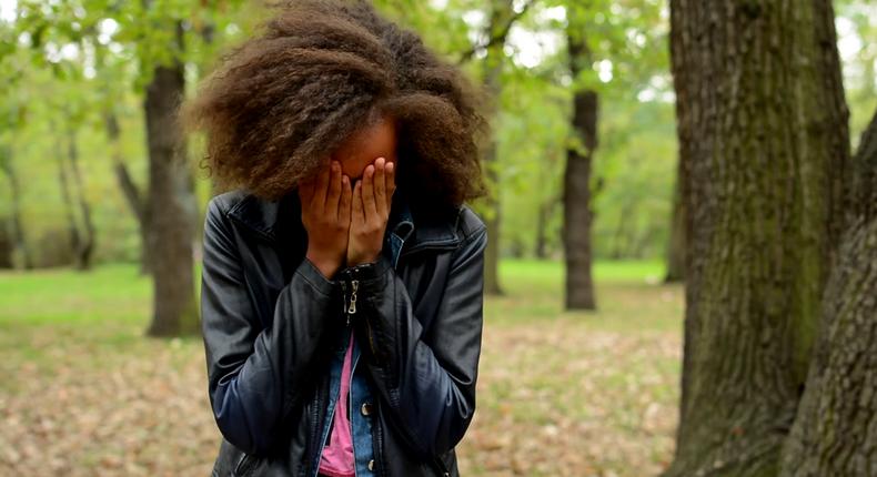 Girl crying(VideoBlocks)