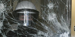 Policja podsumowuje straty po niedzielnych zamieszkach. Ponad 40 zatrzymanych