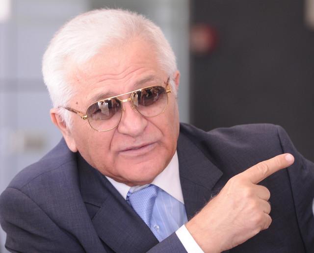 Milan Živadinović