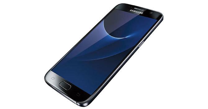 963a74acb76b13 Galaxy S7 spełni oczekiwania najbardziej wymagających użytkowników.  Dokładając 400-500 złotych, można kupić wersję Edge z zagiętym ekranem o  przekątnej 5,5 ...
