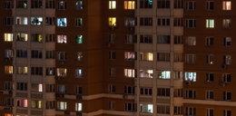 Głośny płacz dziecka obudził mieszkańców lubelskiego osiedla. Na balkonie była skulona dziewczynka