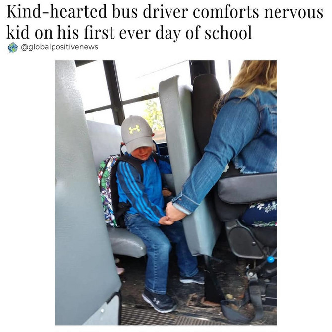 Vozač autobusa ovim potezom oduševio sve