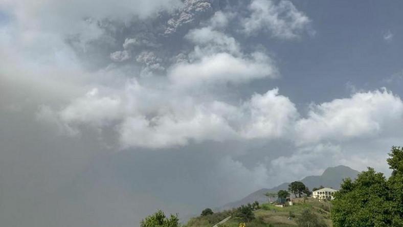 Erupcja wulkanu na Saint Vincent