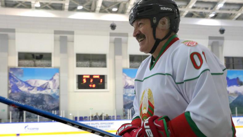 Łukaszenka na lodzie