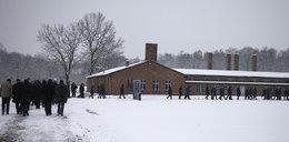 Żydzi uwięzieni w Auschwitz po rocznicowych uroczystościach