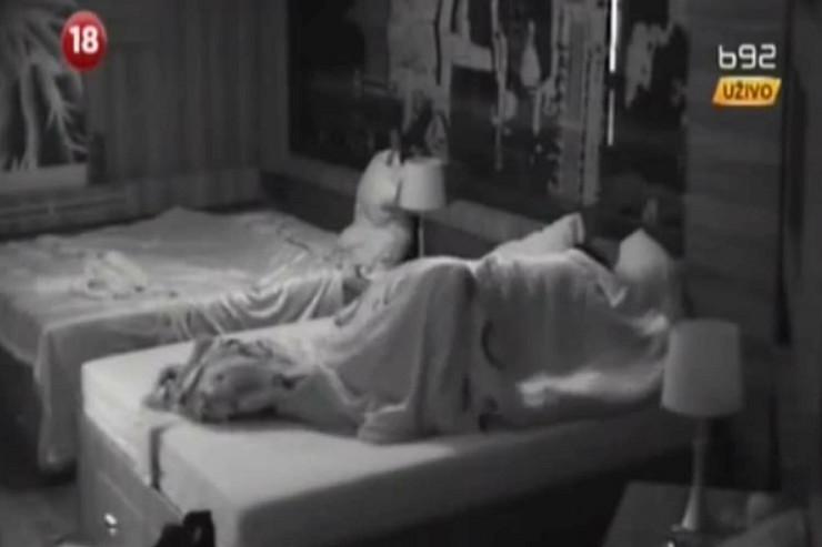 """Seks u kući """"Velikog brata"""": Stefani i Ervin u akciji"""
