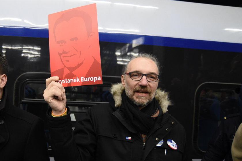 Pawłowicz zbiera na utrzymanie Kijowskiego