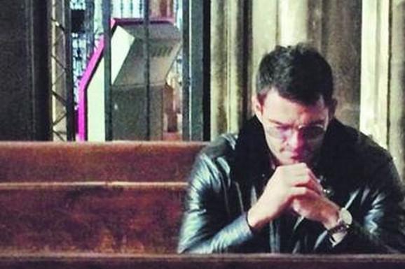 FILMSKI POKUŠAJ UBISTVA VOĐE ŠKALJARA Lažni policajci presreli Vukotićevu posetu kako bi podmetnuli CIJANID U HRANU