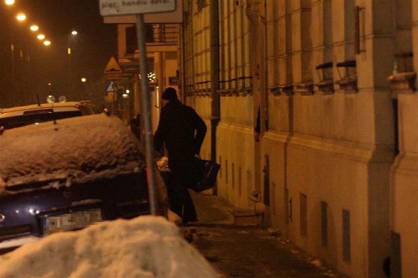 Wieczorne wędrówki Komorowskich po mieście
