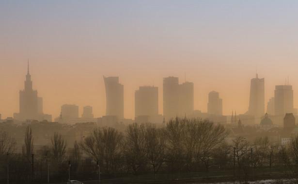 Smog w Warszawie.