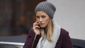 """""""Pierwsza miłość"""": Aleksandra Kisio jako blondynka oraz Michał Koterski bez koszulki"""