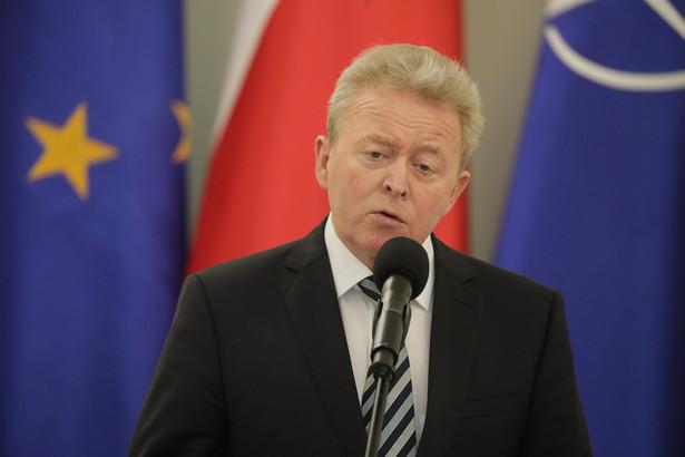 Komisja Europejska daje zielone światło do zielonej reformy rolnictwa polskiego. Takiej reformy, z której skorzystają setki tysięcy gospodarstw - wskazał Wojciechowski.
