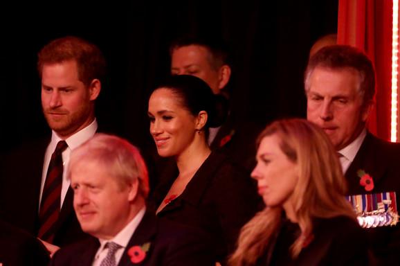 Princ Hari je sve vreme bio ozbiljan i delovao nervozno