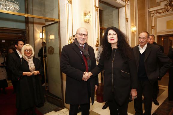 Ministar Vladan Vukosavljević i v. d. upravnika Narodnog pozorišta Ivana Vujić