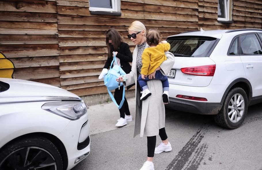 Nataša Bekvalac sa ćerkama
