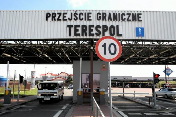 Rekordziści wsiadają do pociągu kilkadziesiąt razy w nadziei, że kiedyś wreszcie zostaną wpuszczeni do Polski