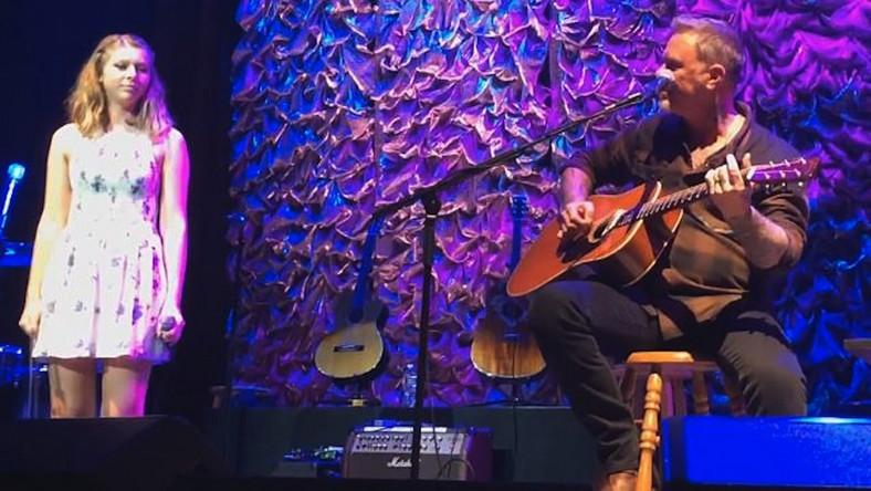 James Hetfield wystąpił ze swoją córką na Acoustic-4-A-Cure