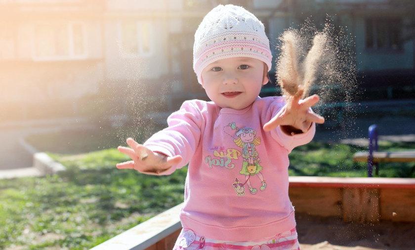 Warto wybrać dla dziecka odpowiednią piaskownicę