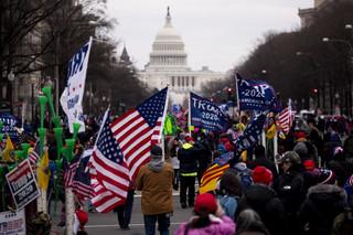 Kongres USA przerwał obrady. Do Kapitolu wtargnęli zwolennicy Trumpa