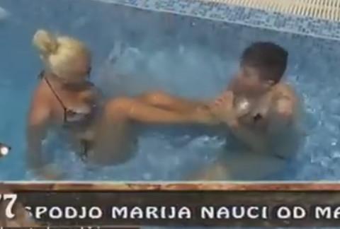 LEZBO AKCIJA u bazenu: Svi su se zgrozili zbog onoga što je Matora uradila Sanji! VIDEO