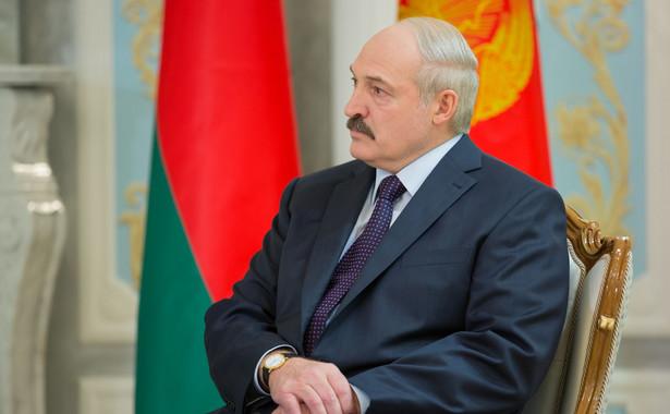 Czekanie na upadek Alaksandra Łukaszenki, który za rok będzie świętował 25-lecie objęcia urzędu, nie jest żadną polityką