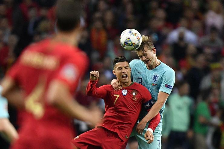 Matijs de Liht, Kristijano Ronaldo