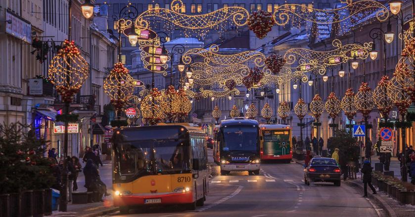Iluminacje na Nowym Świecie w Warszawie