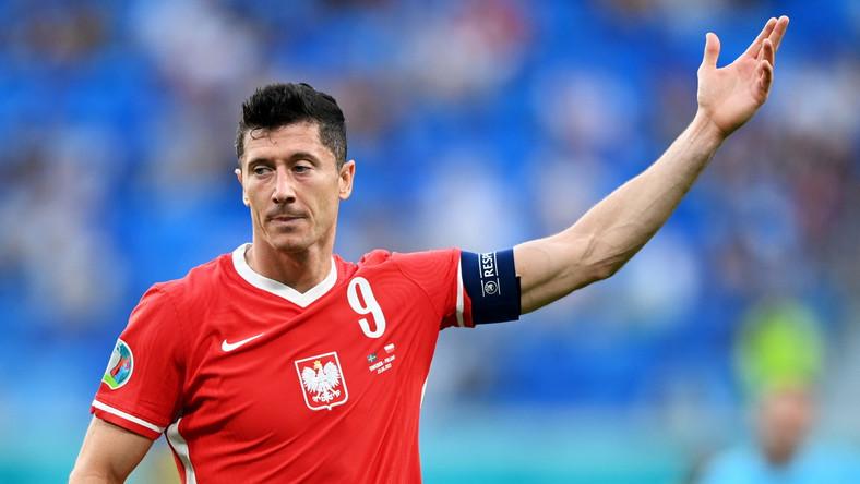 Robert Lewandowski podczas meczu Polski ze Szwecją
