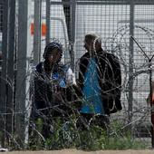 MAĐARSKI ZID Kako je Orban zatvorio srpsko-mađarsku granicu, pustio struju i ZGROZIO EVROPU, a sada tu preti i silom!
