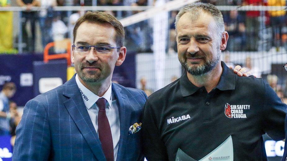 Nikola Grbić (P) i nowy prezes PZPS, Sebastian Świderski (L)