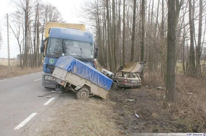Bułgarski kierowca tira roztrzaskał mercedesa. Kobieta w ciężkim stanie
