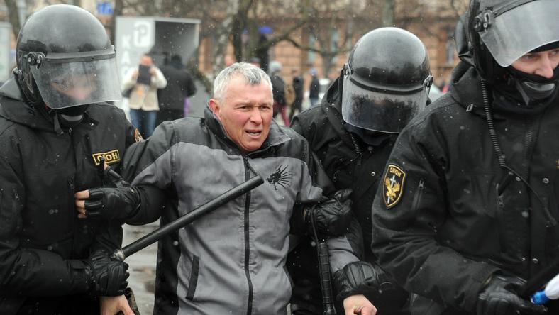 W czasie protestu w Mińsku z okazji Dnia Wolności 25 marca zatrzymano ok. 700 osób