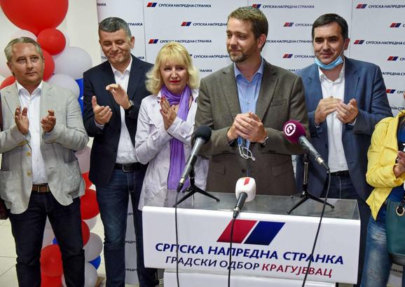Pobeda SNS na lokalnim izborima Nikola Dašić i Radomir Nikolić