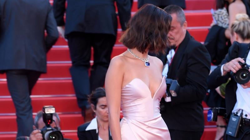 Bella Hadid zaliczyła niezłą wpadkę na Festiwalu Filmowym w Cannes