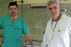 doktori tripkovic i markovic sa porodiljom kristinom i bebom foto v lojanica