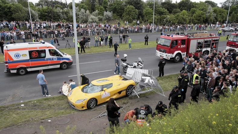 W imprezie Gran Turismo Polonia nie zawsze biorą udział profesjonalni rajdowcy. Warunkiem wzięcia uczestnictwa w pokazach jest fakt posiadania niezwykłego, drogiego auta