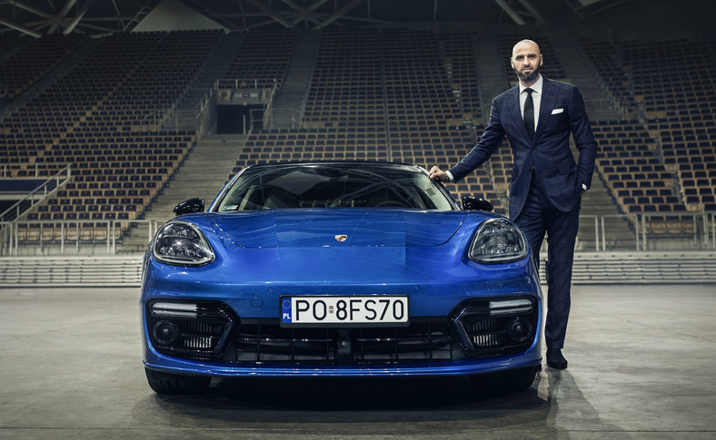 Marcin Gortat i Porsche Panamera 4 E-Hybrid Sport Turismo
