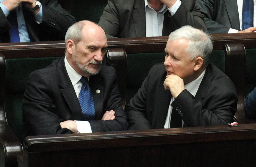 Kluzik Rostkowska o Macierewiczu: Cynicznie wykorzystał żałobę prezesa PiS
