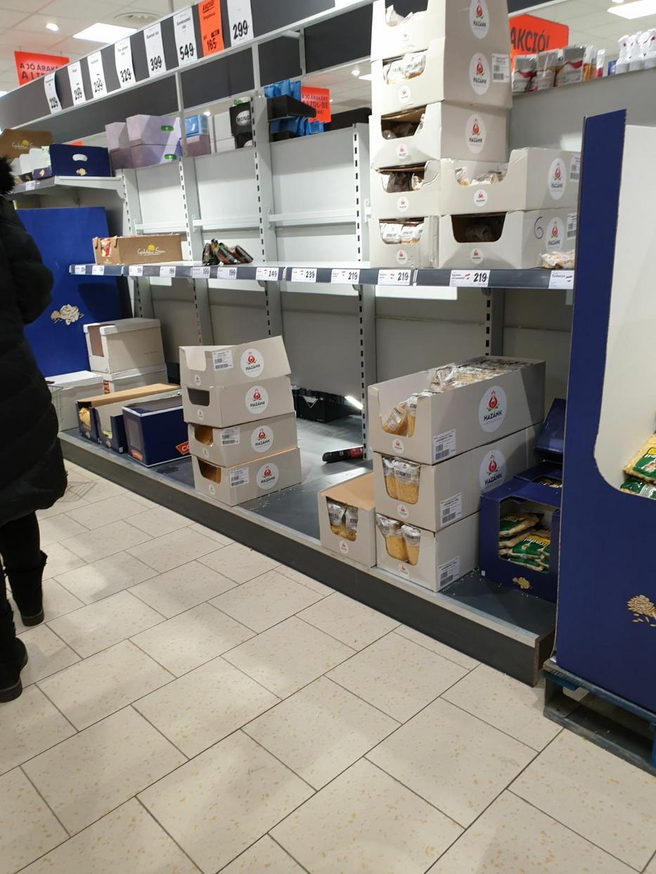 Mindent felvásároltak a vásárlók / Fotó: Blikk