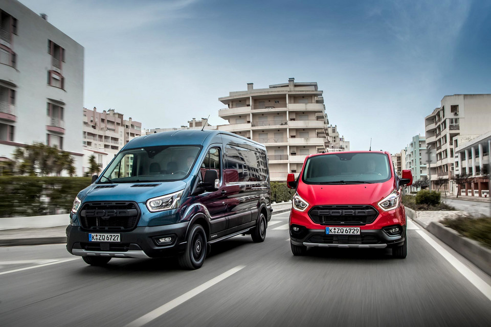 Ford Transit Trail (2020)