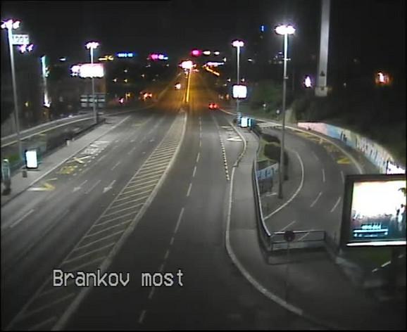 Brankov most, gde je Luka izgubio život gurajući pokvareni automobil