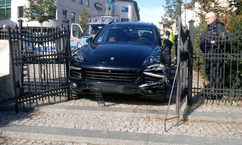 Szalał w Porsche po Poznaniu