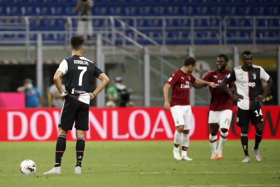 Ronaldo gleda radost igrača Milana