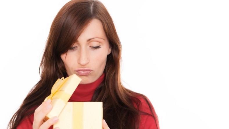 Jakie podarunki nie ucieszą kobiety w dniu jej święta?