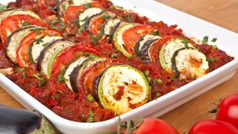 Roasted eggplants in tomato sauce