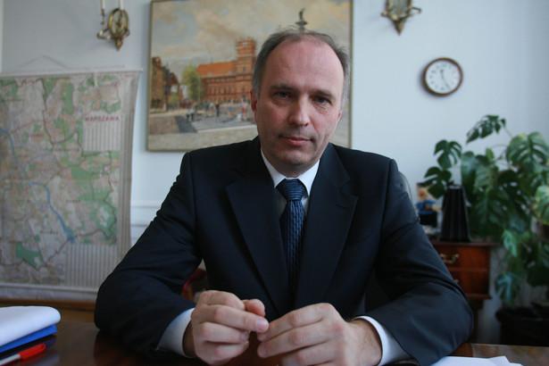 Szef KNF Andrzej Jakubiak