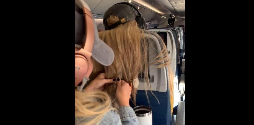 Pasażerka uprzykrzała jej lot, okrutnie ją ukarała. Przesada?