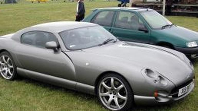 Samochody z Wysp Brytyjskich do Polski (co warto wiedzieć?)