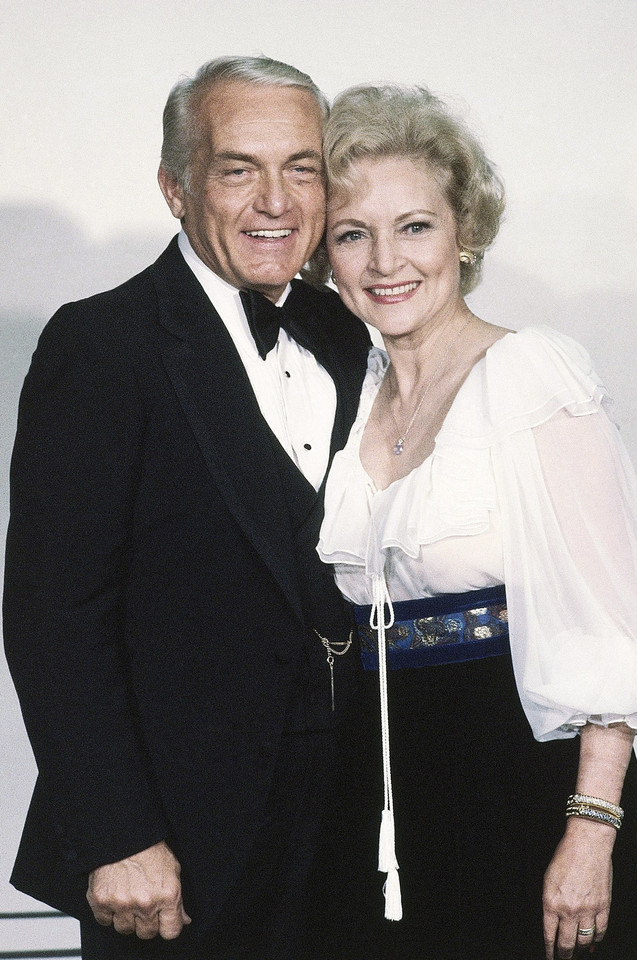 Betty White i Ted Knight (1981)